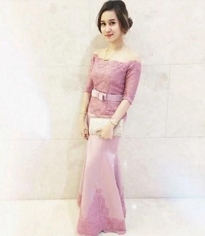 Model Baju Kebaya Modern simpel