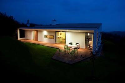 Desain Rumah Minimalis Natural dengan desain yang Rapi dan menarik