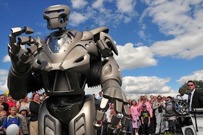 Robot Titan, Robot Tercanggih, Terpintar dan Termahal Di Dunia