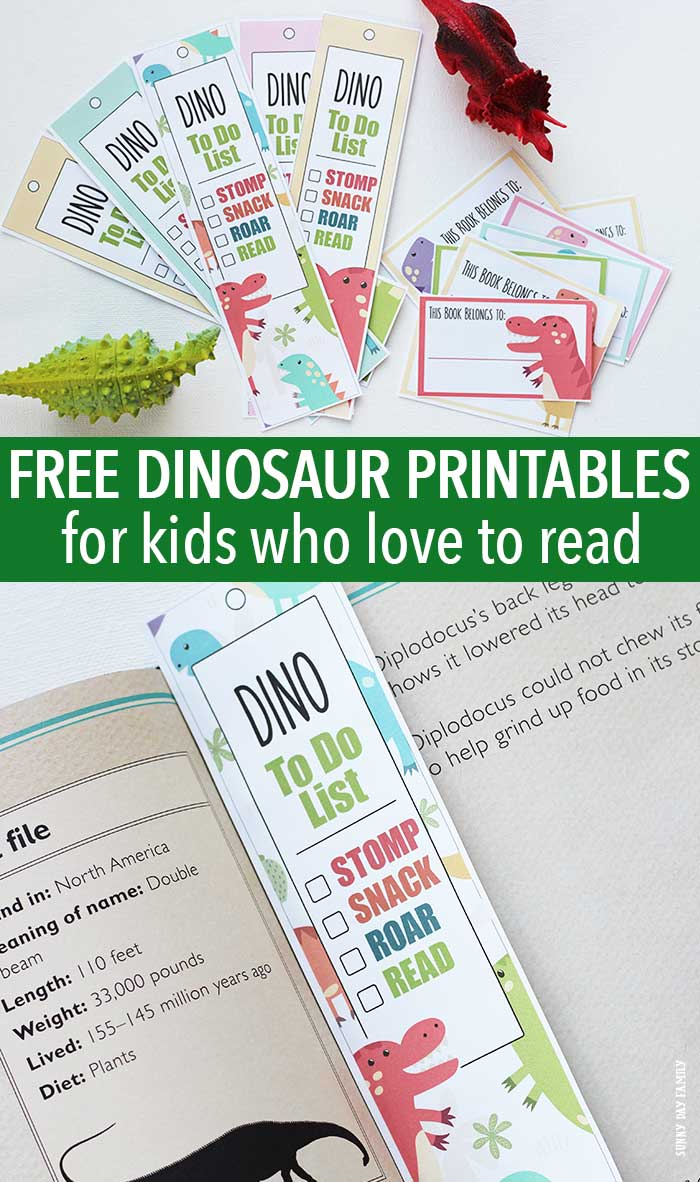 Love this adorable dinosaur library set! Includes free printable dinosaur bookmarks and dinosaur bookplates. The perfect addition to your kids dinosaur books - makes a great gift for dinosaur lovers too.