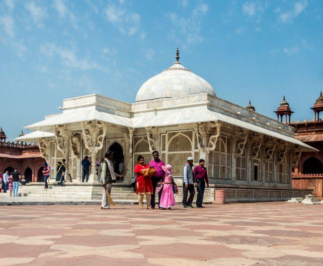 Sheikh Salim Chishti's Dargah