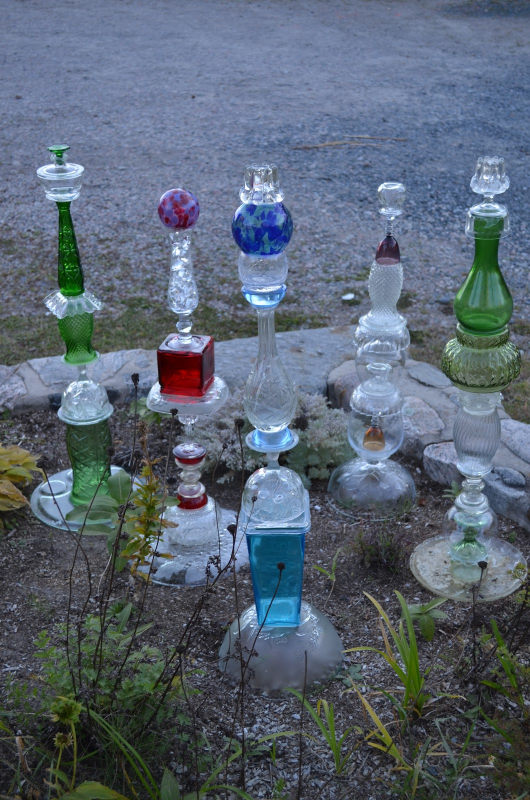 Macgirlver garden totems recycled glass for Recycled glass art projects