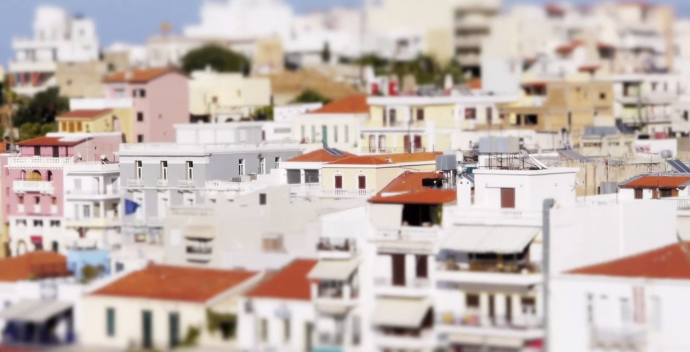 This Greek Island Is Overwhelmingly Beautiful, Especially When Using This Nifty Photo Trick.