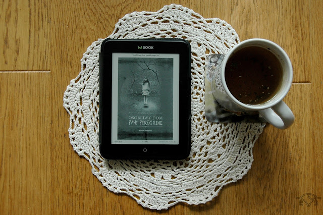 thriller młodzieżowy Osobliwy dom pani Perregrine Ransom Riggs