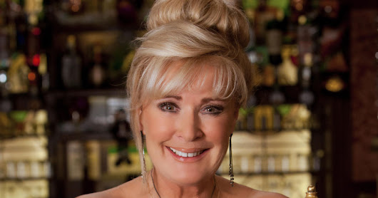 10 Reasons Why Liz McDonald Can Deal With ANY Storyline