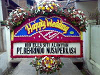 bunga papan happy wedding bandung