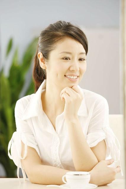 tác dụng của collagen nước giúp da căng mịn