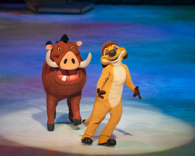 Timone and Pumba at Disney on Ice - The Lion King