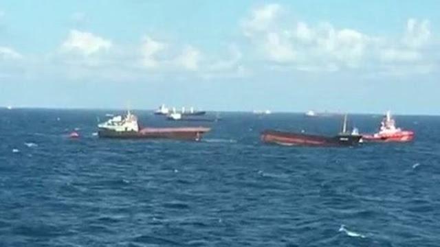 Πλοίο κόπηκε στη μέση στα ανοικτά της Μαύρης Θάλασσας (βίντεο)