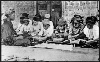 Makalah: Sejarah dan Perkembangan Pendidikan Islam di Indonesia