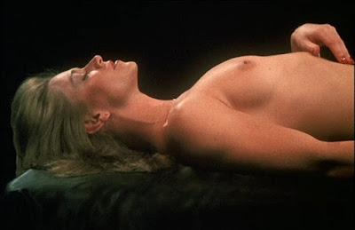 INSATIABLE de Stu Segall avec Marilyn Chambers, nue, pornographie, seins nus