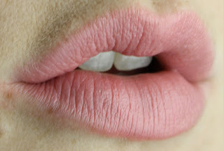 MAC Lipstick in Creme Cup review lip swatch