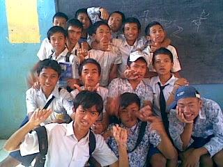 IX F boy