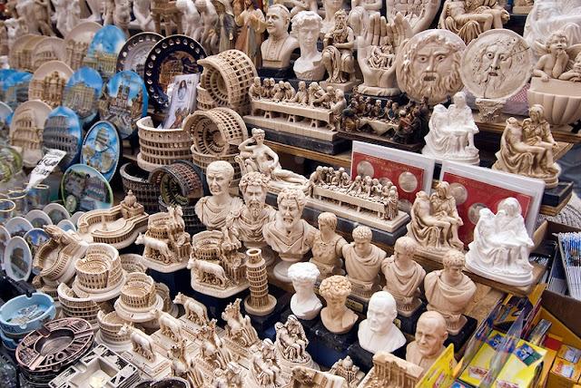 Loja Savelli para comprar lembrancinhas e souvenirs em Roma
