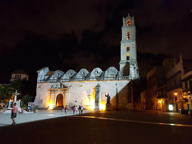 Plaza San Francisco de Asís e sua Basílica/Convento - Habana Vieja - Cuba
