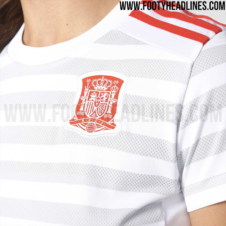 spain-2017-womens-euro-away-kit-4.jpg