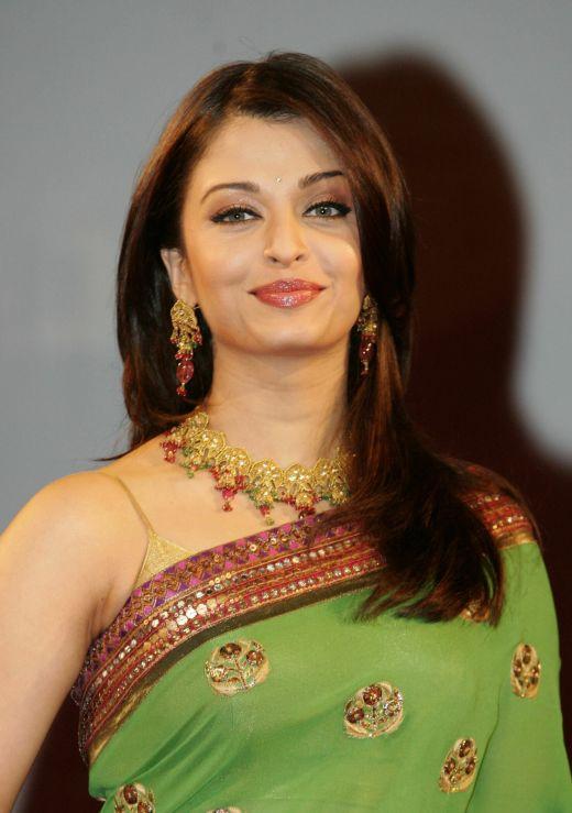 Aishwarya Sexy Video 55