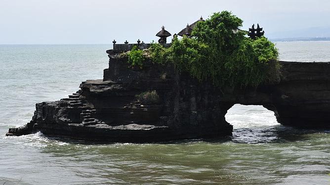7 Tempat Wisata Menarik Di Bali Yang Wajib Dikunjungi
