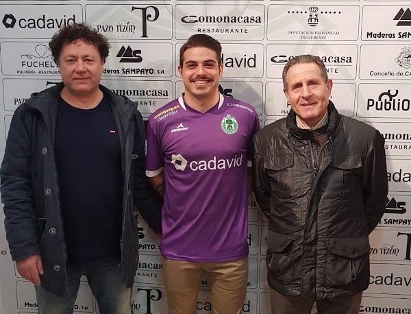 Oficial: CD Arenteiro, firma Javi Bravo