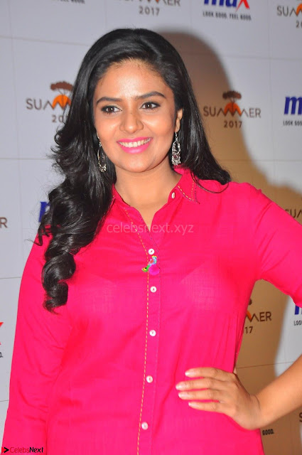 Sree Mukhi in Pink Kurti looks beautiful at Meet and Greet Session at Max Store (3).JPG