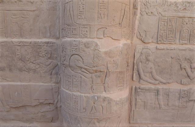 musicanti nel tempio di hathor