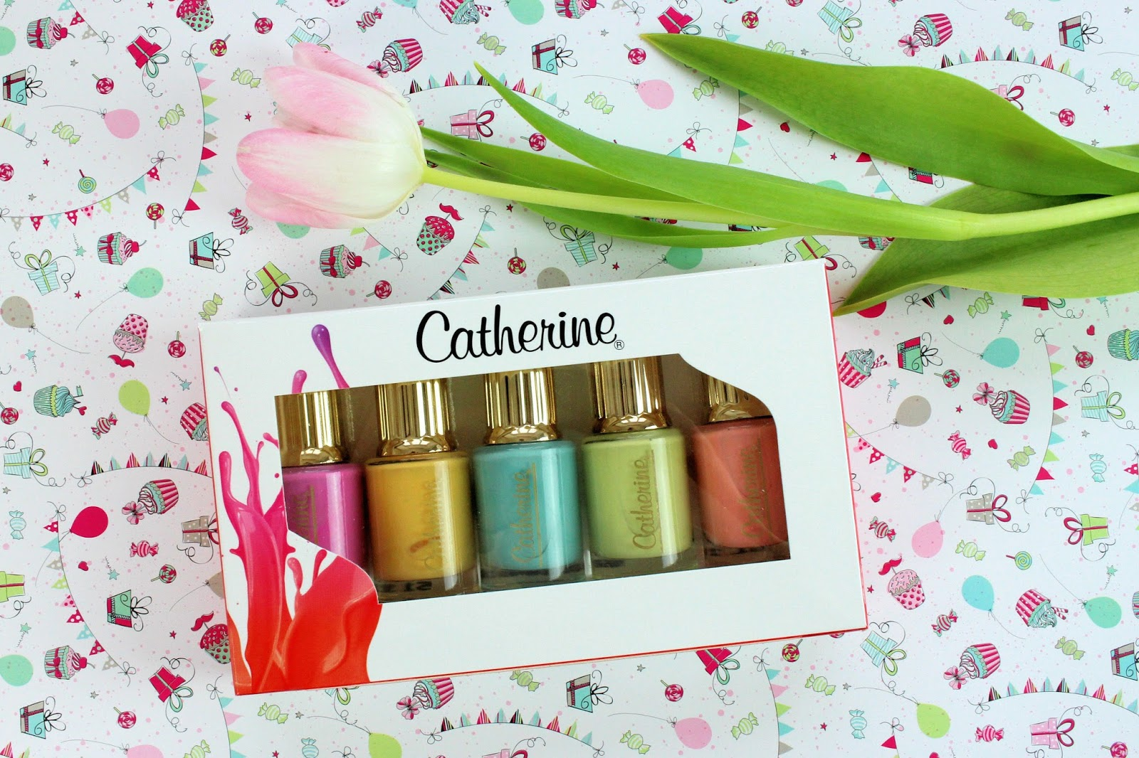 gewinnspiel, verlosung, giveaway, nagellack, nailpolish, gewinne, paradiso, catherine, blog geburtstag, kollektion, frühling, trendfarben, set, nailart, naildesign, fingernägel, maniküre, classic lac selection,