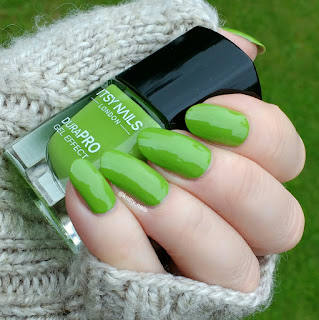 Itsy Nails Green with Envy
