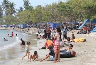 Pemandangan Pantai Kelapa Tujuh Banten
