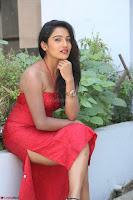 Mamatha sizzles in red Gown at Katrina Karina Madhyalo Kamal Haasan movie Launch event 013.JPG