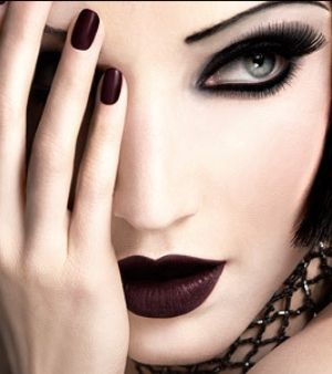 dark make up tendenze make up autunno inverno 2016-2016  beauty blog beauty blogger consigli beauty beauty tips  gothic make up make up rossetto nero black lipstick