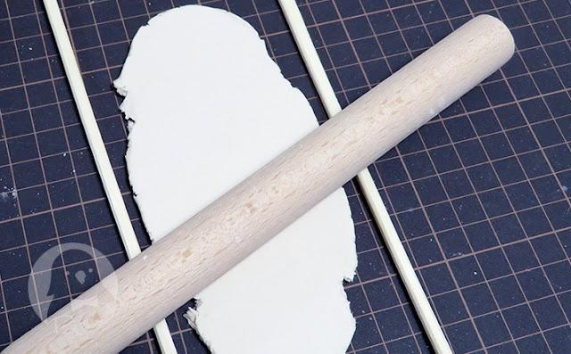 のし棒と粘土と割り箸