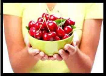 10 Health Benefits of cherries - fresh cherries