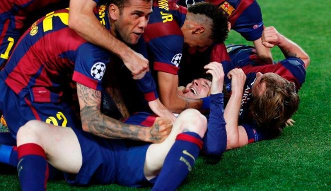 UEFA Denda Barcelona Atas Selebrasi Berlebihan Usai Kalahkan PSG