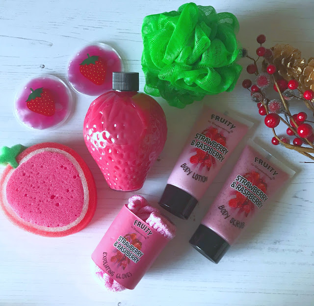 Superdrug Fruity Strawberry And Raspberry bath And Body Set