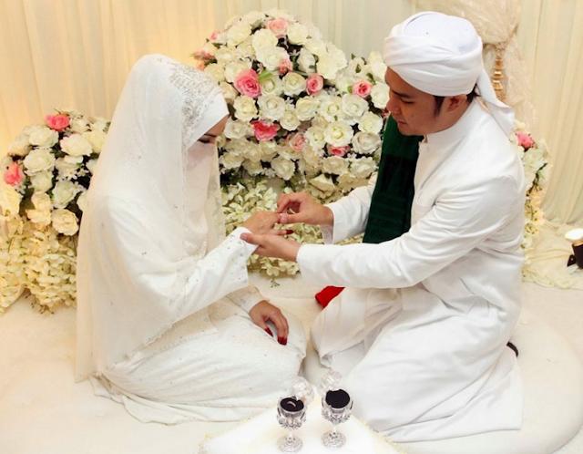 Pesan Untuk Calon Istri: Jika Kamu Jadi Istriku Santai Saja Tak Perlu Ribet Berdandan, Tak Perlu Malu Tak Bisa Memasak