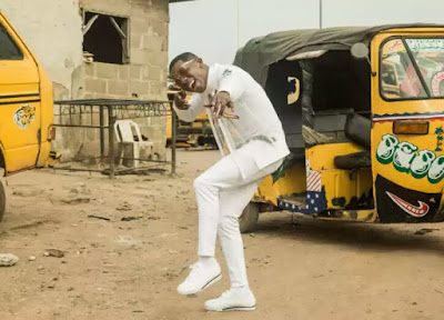 wp 1506948929189 - ENTERTAINMENT: Photos of Small Doctor Takes To The Streets Of Lagos In Recent Shoot