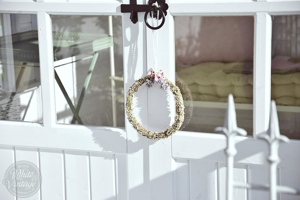 Romantische Deko für das Gartenhaus