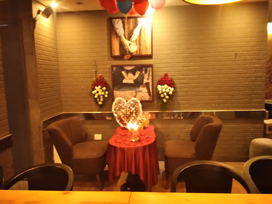 Lavish Surprises Plans Prime Wedding Anniversary Surprise.