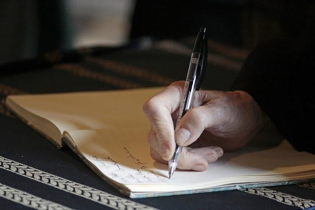 lebih gampang ngomong dari menulis