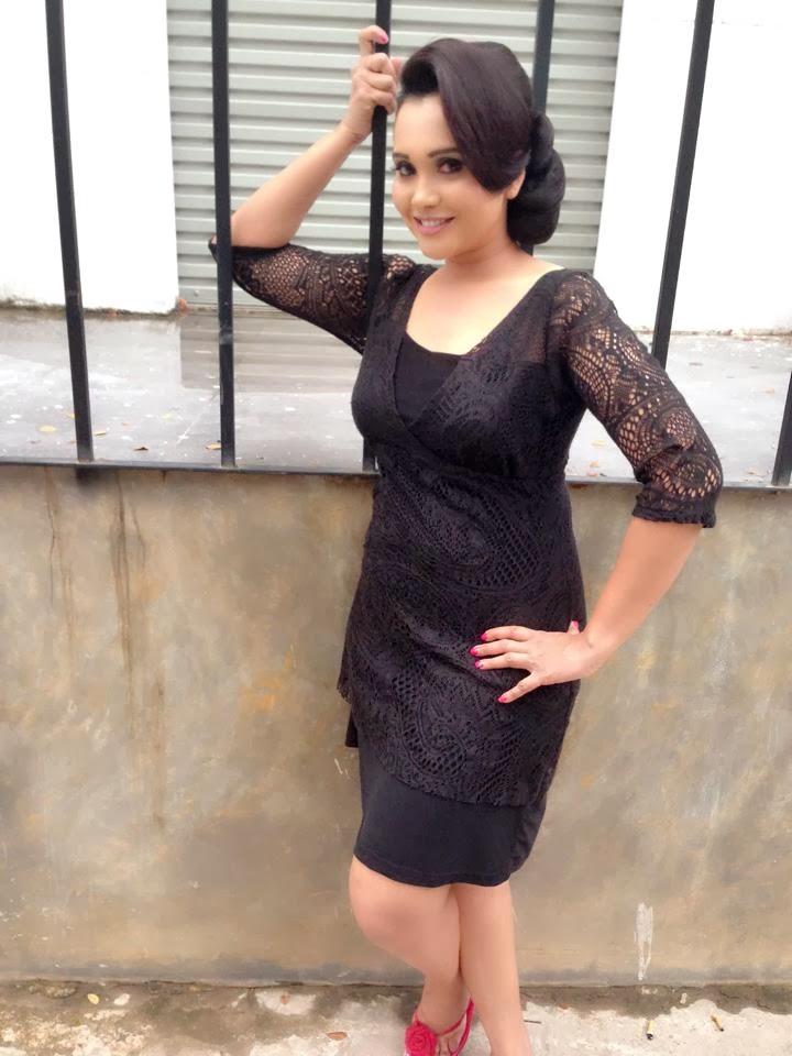 Gayathri Dias hot Sri Lankan Actress Pictures - tamil