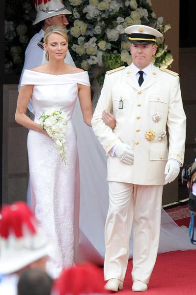 ROYAL COUTUREPrince Albert and Charlene Royal Wedding