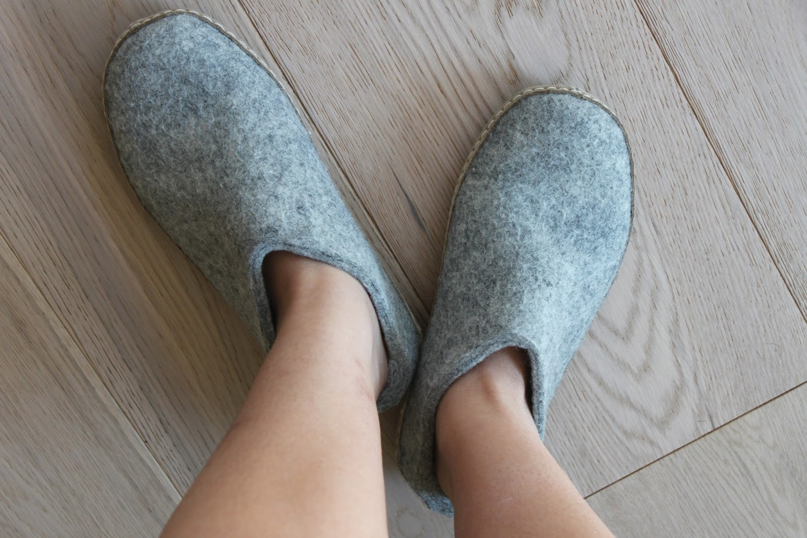 3b7f3ea92868 These cozy slide on slippers (Glerups Model B) keeps my feet warm on cold  tile and hardwood floor. 100% pure natural wool is the main component of  these ...