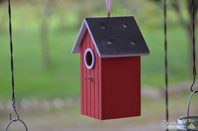 Tips To Help Build a Wooden Birdhouse