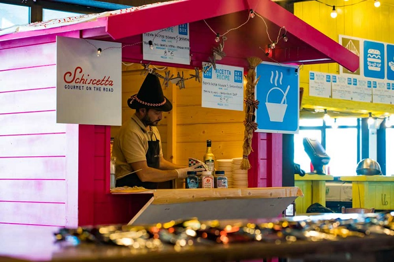Love Places: SKIBOX LO STREET FOOD AD ALTA QUOTA