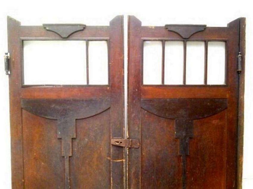 Bentuk Pintu Koboi Kayu Jati Terbaru
