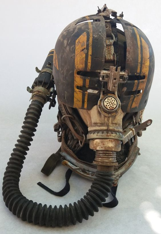 Handmade Wasteland Helmet Cosplay Apocalypse by Larpworks