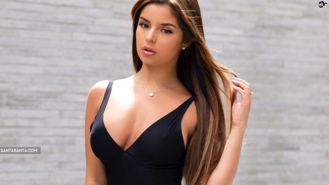 Demi Rose Mawby Black Dress Hot Wallpaper