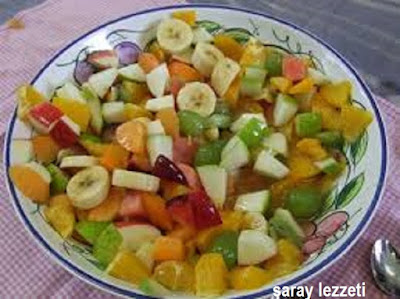 balli-meyve-salatasi
