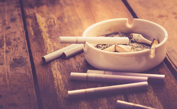 "Dicas para Casa: "" Aprenda como tirar cheiro de cigarro da sua casa"""