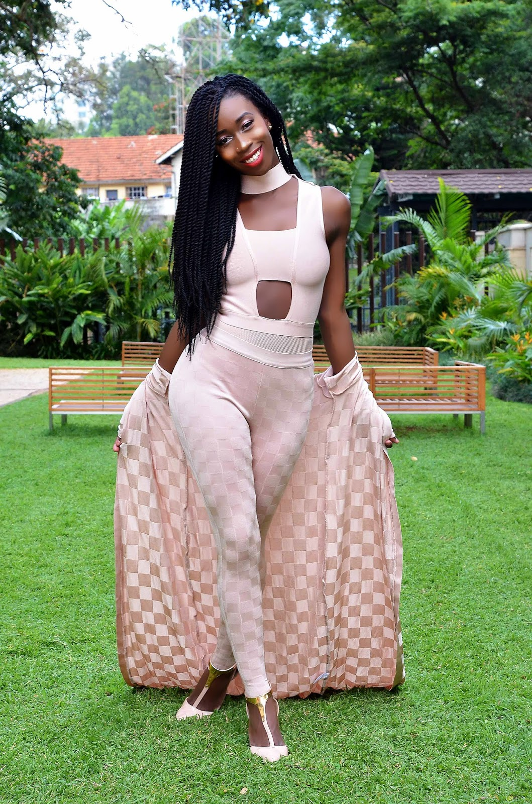 monochromatic look, how to wear all nude look, how to wear nude, how to style an all nude look, style with ezil, ezil, Kenyan fashion blogger, Style blogger, Black girls
